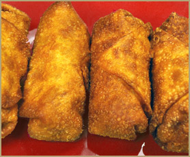 Delicious crispy egg rolls at Chop Suey Hut Chinese Restaurant in Woodstock, IL